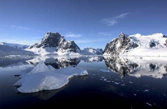 Classic Antarctica Air Cruise
