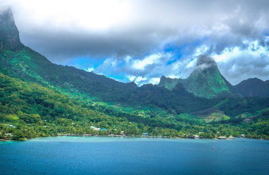 galapagos island trips