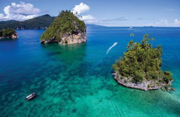 Triton Bay - INDONESIA