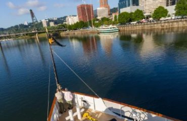 portland_river_and_adventure_cruising_with_uncruise_adventures