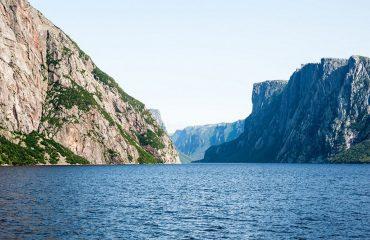 silversea-arctic-cruise-san-ford-fjord-nunavut-canada