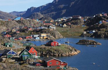 silversea-arctic-cruise-sissimiut-greenland
