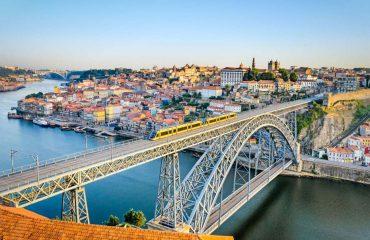 silversea-luxury-cruises-europe-oporto-portugal-bridge