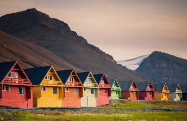 silversea-luxury-cruises-longyerbyen-norway