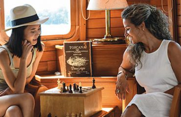 coral-yachts-lounge-chess-table
