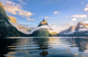 silversea-luxury-cruises-cruising-milford-sound