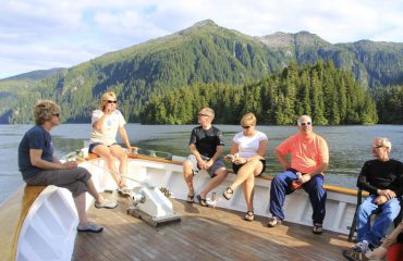 Guests-on-bow-relaxing-at-dock