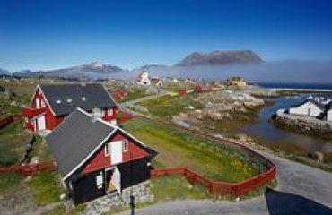 silversea-arctic-cruise-nanortalik-greenland