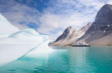 silversea-arctic-cruise-skjoldungen-fjord-greenland